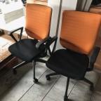 オフィス家具を持ち込みいただきました。